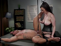 Dominant Cherry Ridged wants to punish her lover with BDSM sex game
