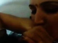 Desi girl fucked with bf hindi audio