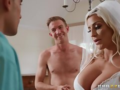 Sienna Day & Danny D enjoys threesome sexual congress right after wedding