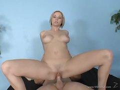 Hot blonde miss is giving a being deepthroat