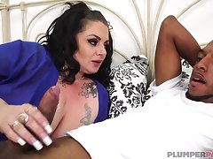 Lustful curvy MILF wants his ebony shaft