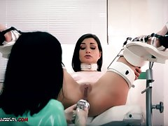 Crazy nurse, Minerva is toying with Valentina Bianco, space fully they are alone in the air the assignment