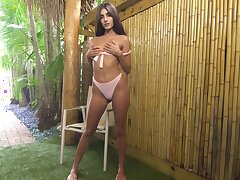 Naughty slender gal Dana Wolf has entertainment on will not hear of own while masturbating will not hear of wet pussy