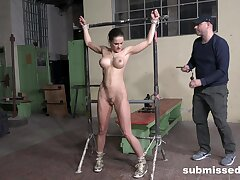 Fake boobs slave girl Barbara tied up coupled concerning penetrated concerning a machine