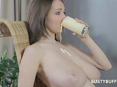 Big-Titted Girl Likes Dirty Games - Lucie Wilde