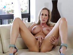 Sexy Fit Solo Milf Brandi Near Big Pussy Face dejected - Thegreg88