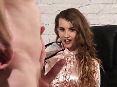 Fine office babe pleases her boss with something insanely hot
