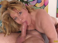 Charming Juicy Gilf Works Her Admirable Beyond everything An Aged Bushwa - Penny Sue