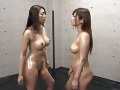 Japanese catfight3