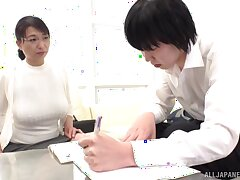 Japanese mature takes off her clothes be beneficial to sex