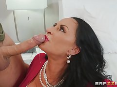grown up brunette Rita Daniels craving for indestructible penis in her pussy